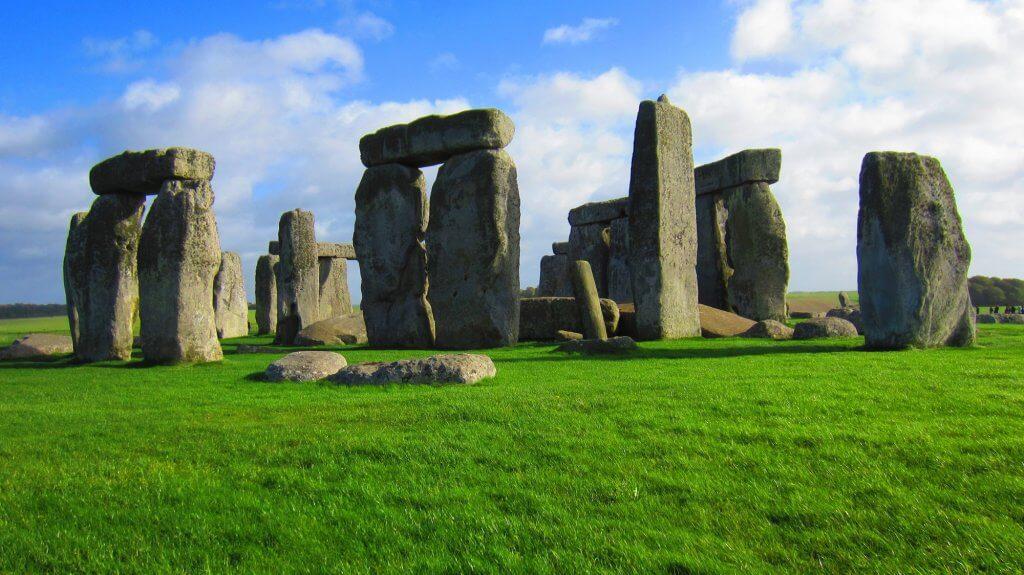 Busreis krijtrotsen dover - stonehenge